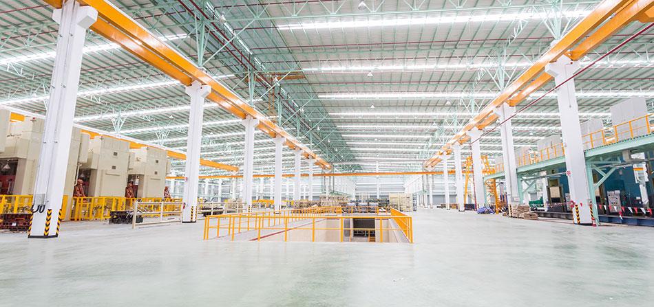 Pavimenti in resina per l'industria logistica